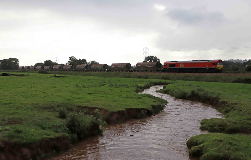 66128, 11.51 Parkandillack-Bescot, Pugham Crossing, near Burlescombe, 27-8-20.