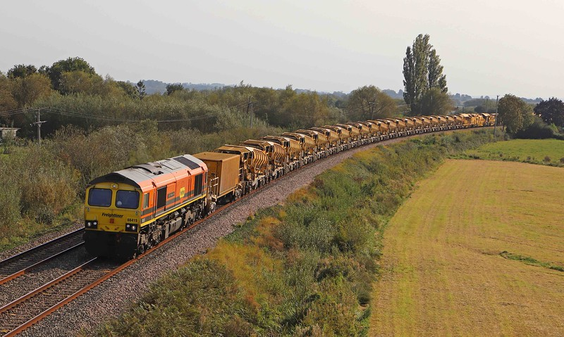 66415/66953,  top-and-tail 08.14 Oxford-Taunton Fairwater Yard, Oath, near Langport, 20-9-20.