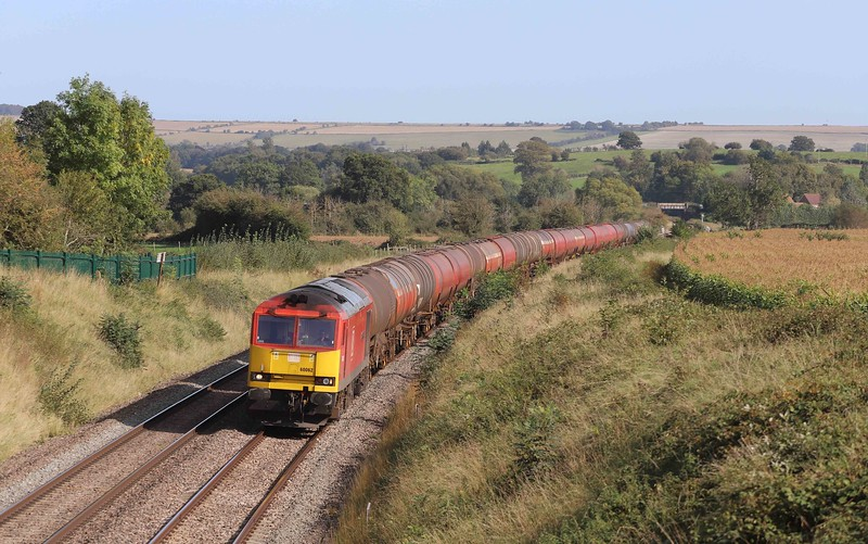 60062, 13.35 Theale Murco-Robeston Sidings, Witchcombe, Great Cheverell, near Devizes, 17-9-20.