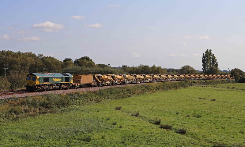 66953/66415, topping and tailing 08.27 Oxford-Taunton Fairwater Yard, via Melksham, Oath, near Langport, 13-9-20.
