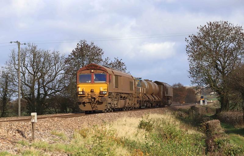 66151/66155. top-and-tail 08.50 Westbury-St Blazey, Pugham Crossing, near Burlescombe, 19-11-20.
