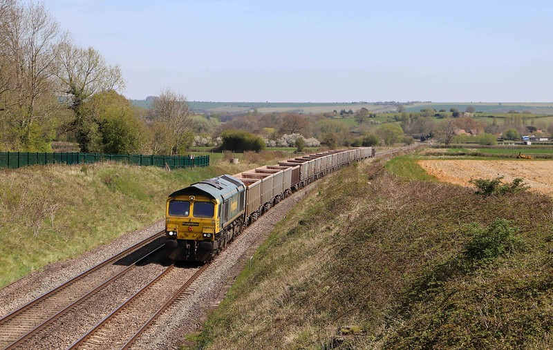 66953, 11.45 Oxford Banbury Road Sidings-Whatley Quarry, Witchcombe, Great Cheverell, near Devizes, 26-4-21.