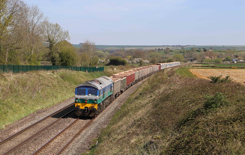 59002, 12.41 London Acton Yard-Whatley Quarry, Witchcombe, Great Cheverell, near Devizes, 26-4-21.