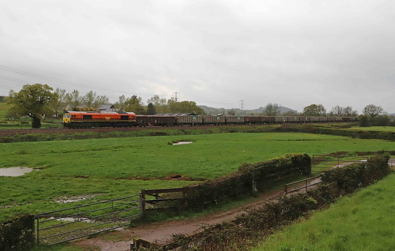 66623, 05.18 Westbury-Exeter Riverside Yard, Pugham Crossing, near Burlescombe, 13-5-21.