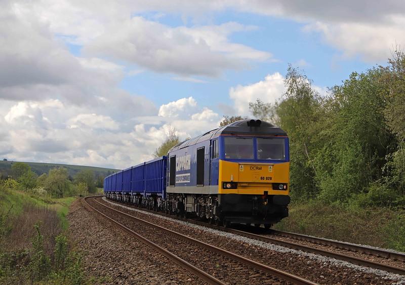 60028, 06.54 Willesden DC Rail Sidings-Bristol Freightliner Terminal, Heywood, near Westbury, 19-5-21.