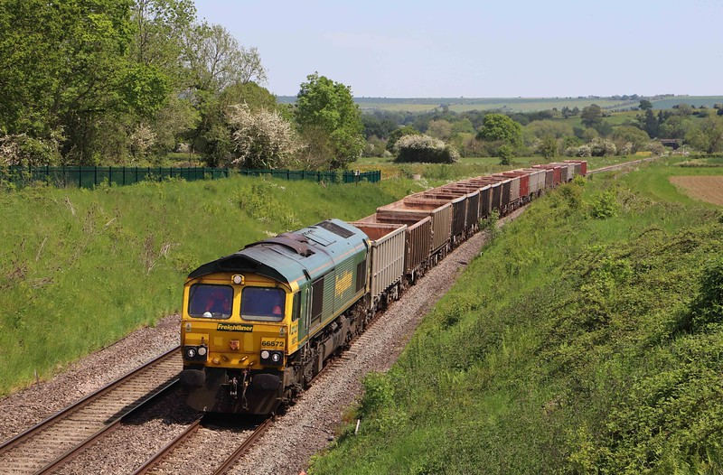 66572, 11.34 Oxford Banbury Road Sidings-Whatley Quarry, Witchcombe, Great Cheverell, near Devizes, 1-6-21.