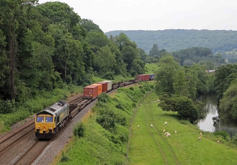 66520, 13.29 Cardiff Wentloog-Southampton Maritime, Dundas Aqueduct, Limpley Stoke, near Bath, 1-7-21.