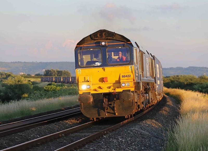 66422, 19.17 Cardiff Wentloog-Daventry, Tredington, near Ashchurch, 13-7-21.