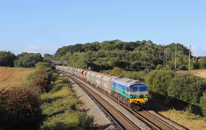 59002, 08.58 Whatley Quarry-Theale, Berkley, near Frome, 29-9-21.