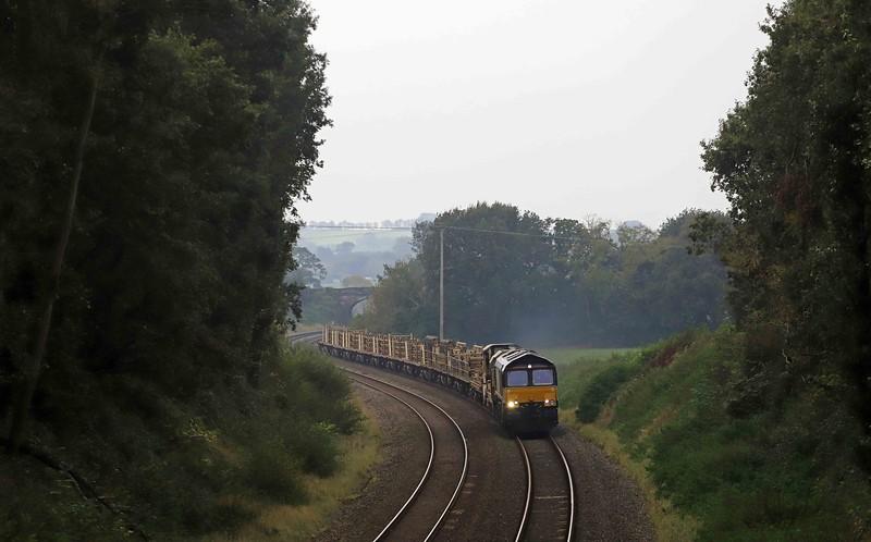 66848, 04.55 Probus (near Truro)-Westbury Yard, via Penzance, Clist Hayles, near Silverton, 19-10-21.