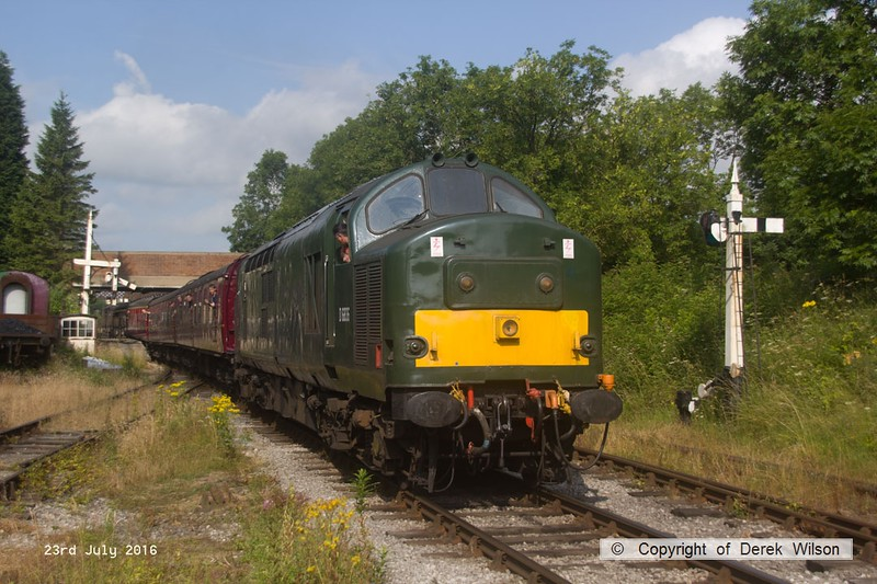 160723-002     Class 37 no 37905 in BR green & with it's original no D6836, seen departing Butterley with the first train of the day, the 09.30 Butterley to Riddings.