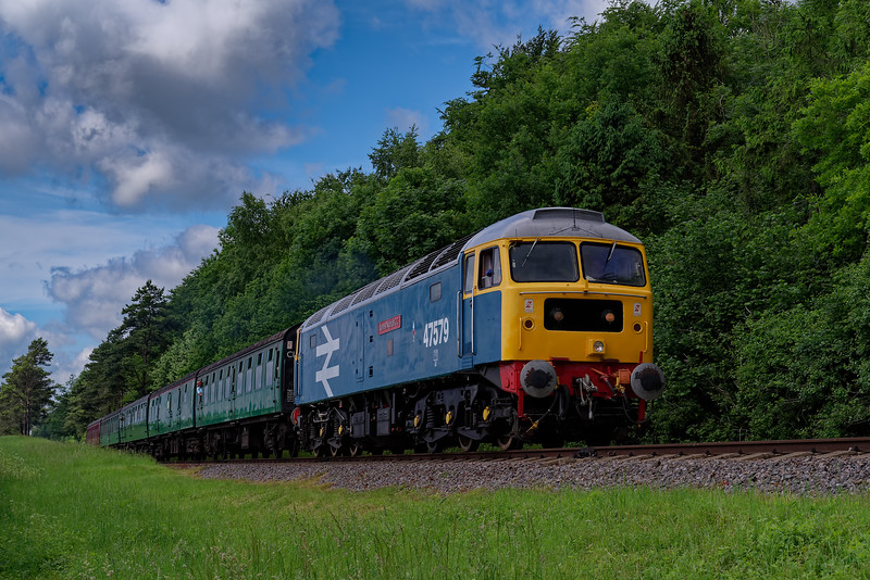 47579 at Stable lane with the 10:15 Alresford - Alton, during the Diesel Gala <br /> on 2nd June 2018.