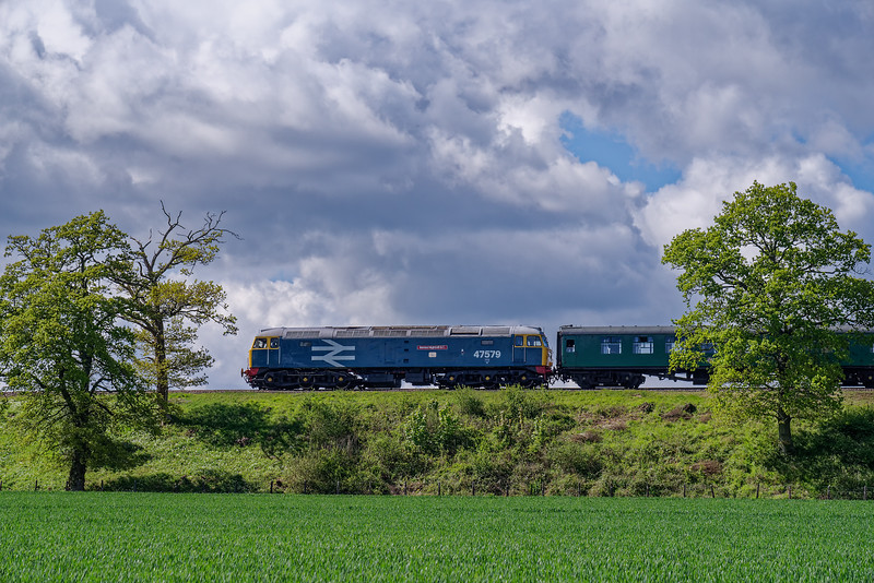 47579 on Wanders Curve, with the 15:10 Medstead & Four Marks - Alresford, <br /> during a running day on 4th May 2019.