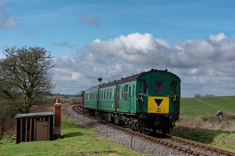 1125 providing the stock for Metropolitan No 1, working the 12:12 Ropley - Alresford. <br /> Shown at Northside Lane, during the Steam Gala on 7th March 2014.