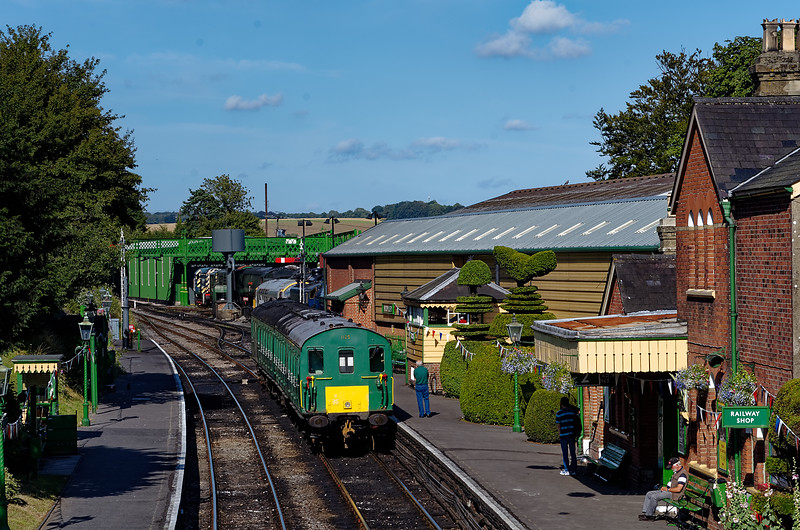 1125 pauses at Ropley with the ECS from Alton to Alresford, on 3rd August 2013.