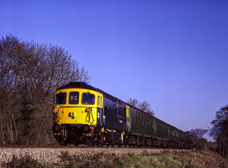An immaculate looking  33109 at Stable Lane, with a Santa Special, on 4th December 1999.  Scanned Transparency.