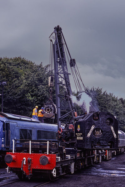 Steam Crane DS.1580 and 45132 at Ropley during the operation to remove the main generator, on 29th July 2008. Scanned Transparency.