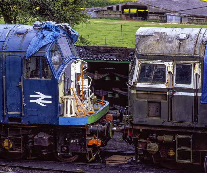 45132 and 27007 on display at Ropley, during the Diesel Gala on 14th May 2005. <br /> Scanned Transparency.