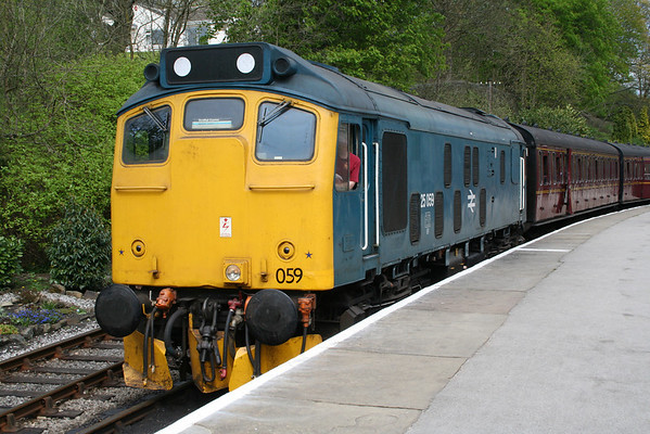 25059 after arrival at Oxenhope on the 1245 from Keighley. 22.04.07