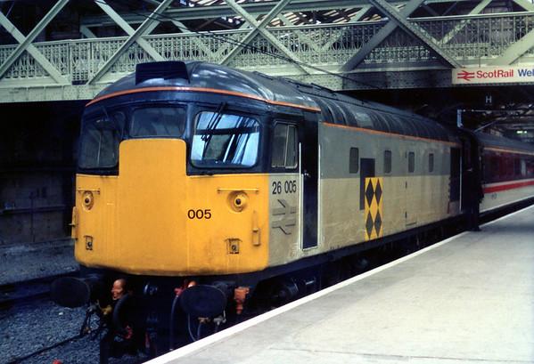 26005 at Edinburgh on ECS.
