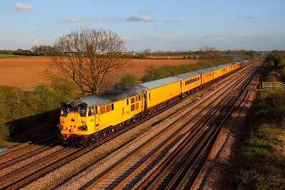 31285 tnt 31106 on 29th April 2013 on 3Z11 Old Dalby to Derby RTC at Cossington