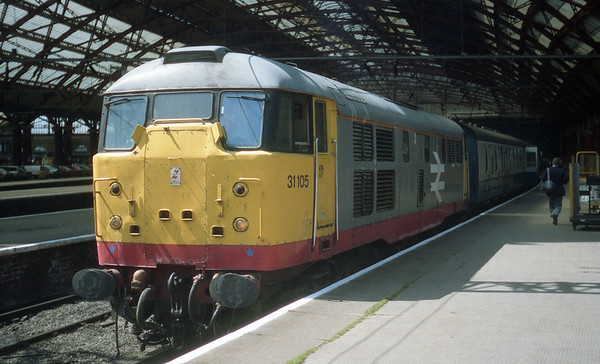 31105 at Liverpool Lime Street on 2P47 1407 Liverpool - Preston. 04.08.89