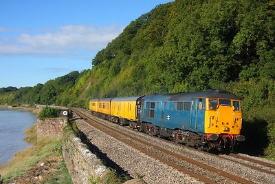 31106 on 4Z33 Bristol Barton Hill to Derby RTC at Gatcombe on the 25th September 2010