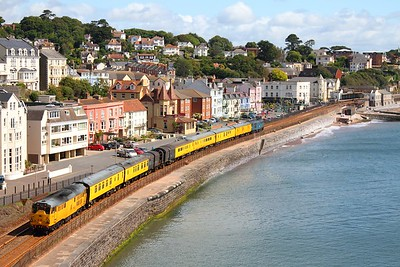 Network Rail's 31285 leading Br Blue 31106 on the 3Z03 Riverside yard to Laira at Dawlish on 8th June 2011