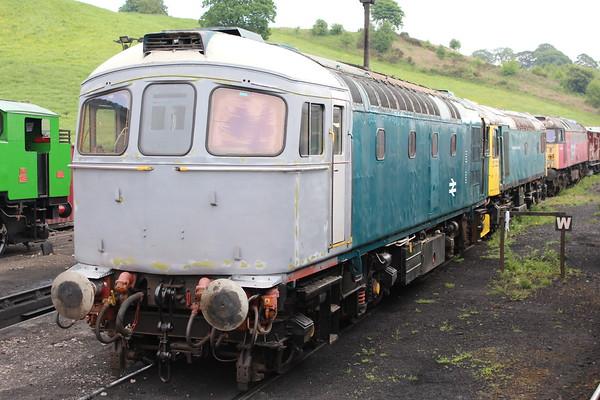 33012 on Cheddleton shed. 02.06.18