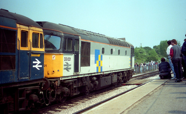 "33021 at Wellingborough on Hertfordshire Railtours ""Inter City Diesel Day"". 21.05.89"