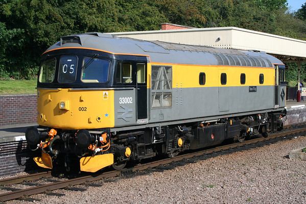 33002 at Leicester North. 08.09.12