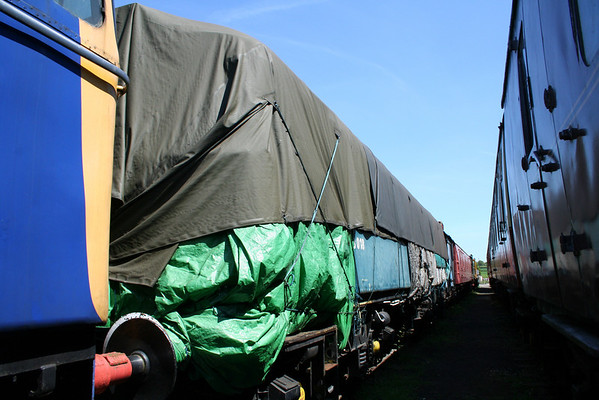 The covers are on over 33018 at Swanwick. 22.05.10