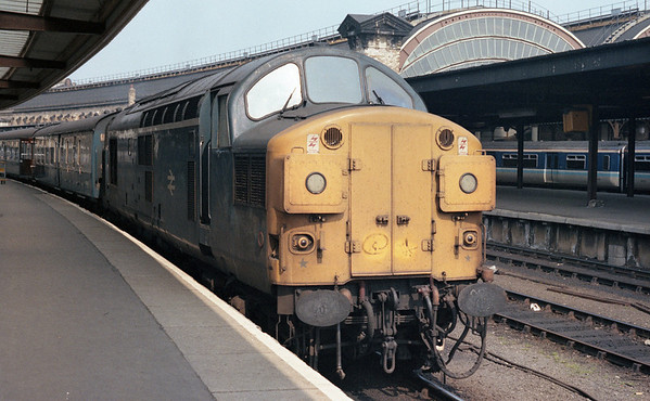 37013 at York in charge of 1V05 1445 York - Bristol TM relief. 26.04.87