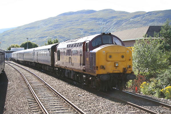 37406 at Fort William on the sleepers for London. 06.08.05