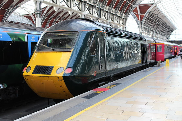43005 at London Paddington on rival of 1L54 1156 Cardiff Central - London Paddington. 18.10.18