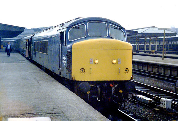 45013 at York on 1V31 1030 York - Plymouth relief. 03.04.85