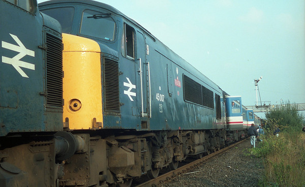 """45007 behind 45107 at Brough during a photo stop on Pathfinder Tours """"The 45 Finale"""". You wouldn't get photo stops like this now! 03.10.87"""