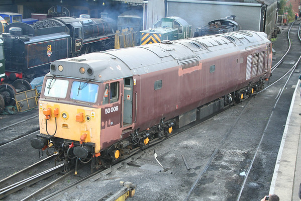 50008 moves into the yard at Wansford. 04.10.09