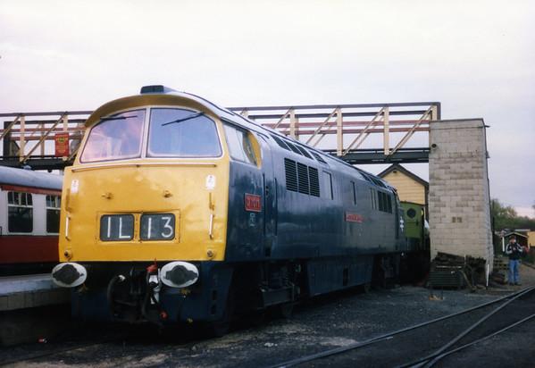 D1013 at Wansford. 07.10.90