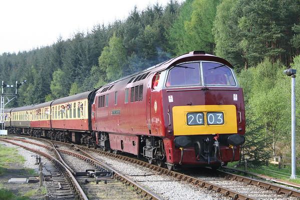 D1015 arrives at Levisham on the 1600 Grosmont - Pickering. 10.05.08