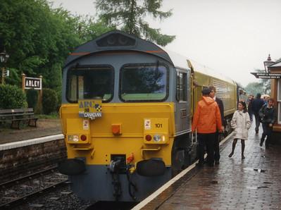 59101 on the 0950 Kidderminster - Bridgenorth on the Severn Valley Railway. 09.05.92