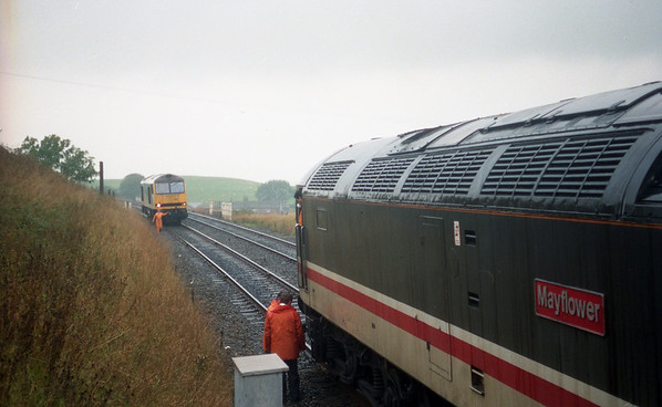 60006 backs onto a failed 47558 at Horton In Ribblesdale on 2M17 1047 Leeds - Carlisle. 28.09.90