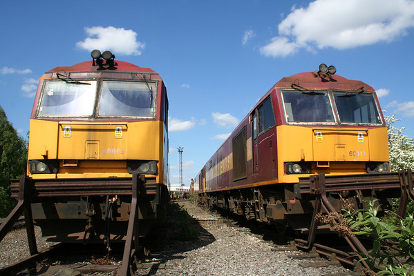 60003 (Left) and 60017 Toton. 03.05.11.