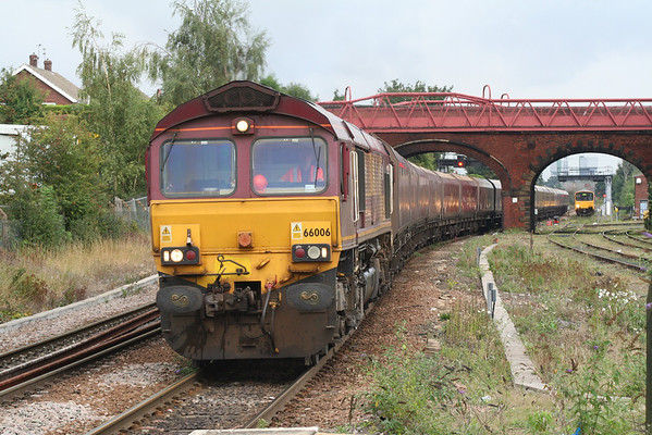 66006 approaches Knottingley on 4A97 1545 Drax PS - Milford West Sidings. 06.09.08