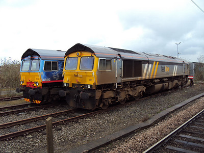 66301 in York Parcel Sidings in the company of 66412. 03.04.10