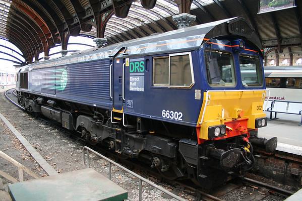66302 parked up in Platform 1 at York. 13.07.11.