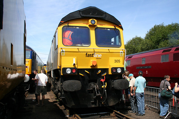 66305 on show at Barrow Hill in the worst possible place for a phot. 08.08.09