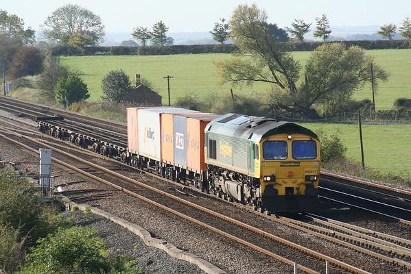 66517 passes Colton south junction on 4D01 Leeds - Wilton liner. 01.11.05