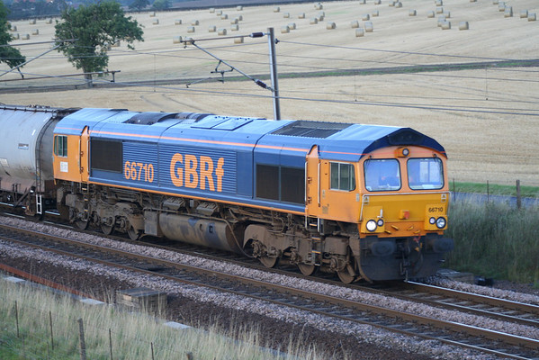 66710 passes Colton in dull light on 6L59 0901 Aberdeen - Harwich mud oil tanks. 24.08.05