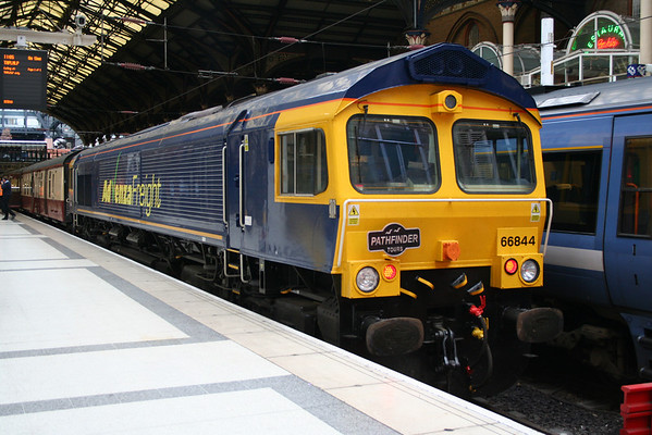 "66844 at Liverpool Street on Pathfinder Tours ""The Buffer Puffer 8.0"". 24.10.09"